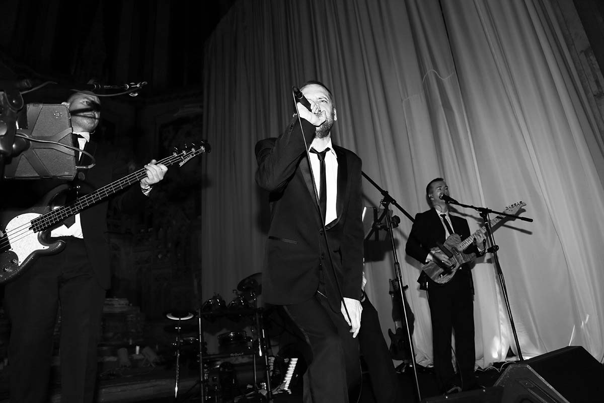 Live Wedding Band Slinky | Rock Pop and Indie Wedding Band | Performing at the Monastery for a Summerball 9.